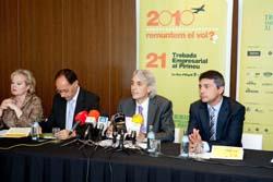 Ramon Roca amb altres responsables de la Trobada.